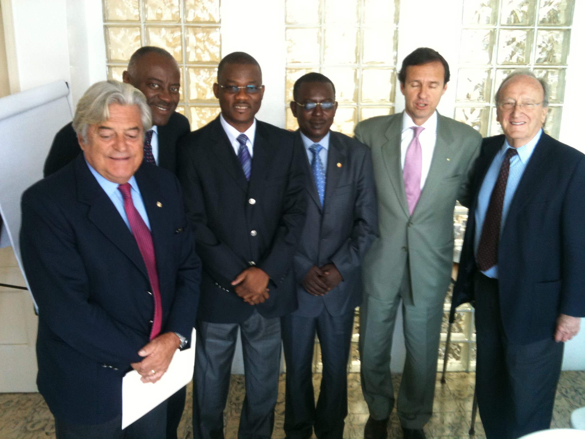 Club de Madrid supports the normal transference of power in Haiti