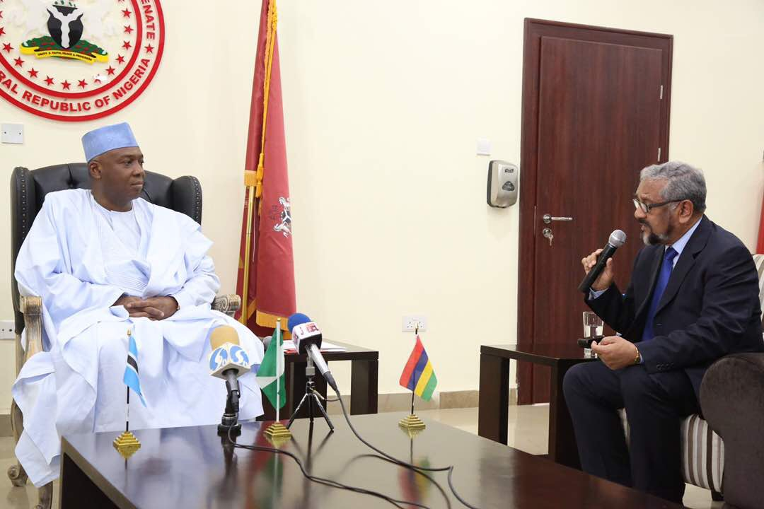 Members Mogae and Uteem discuss about PVE in Nigeria with country's key stakeholders