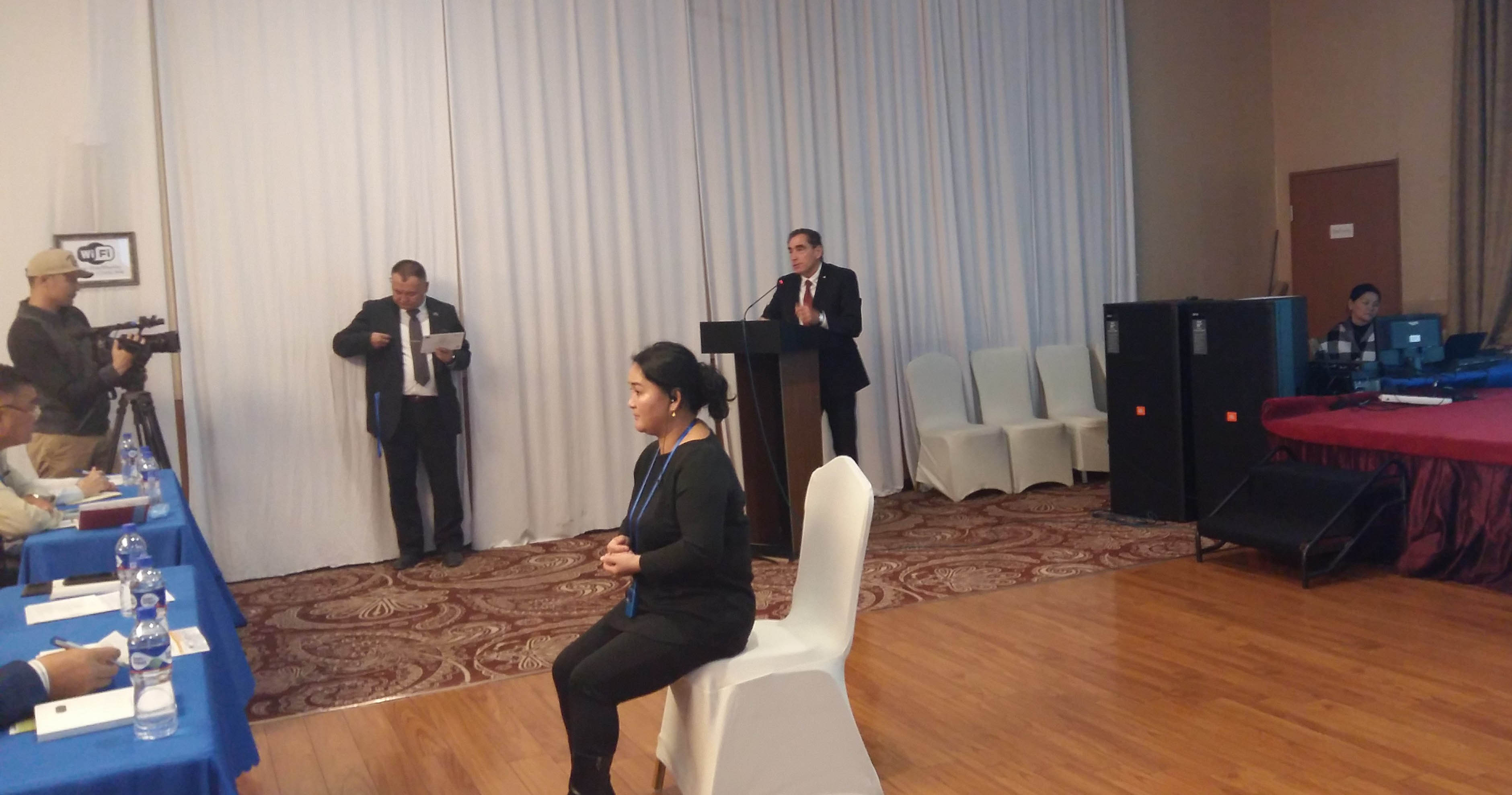 Petre Roman raises awareness over economic rights of persons with disabilities in Mongolia