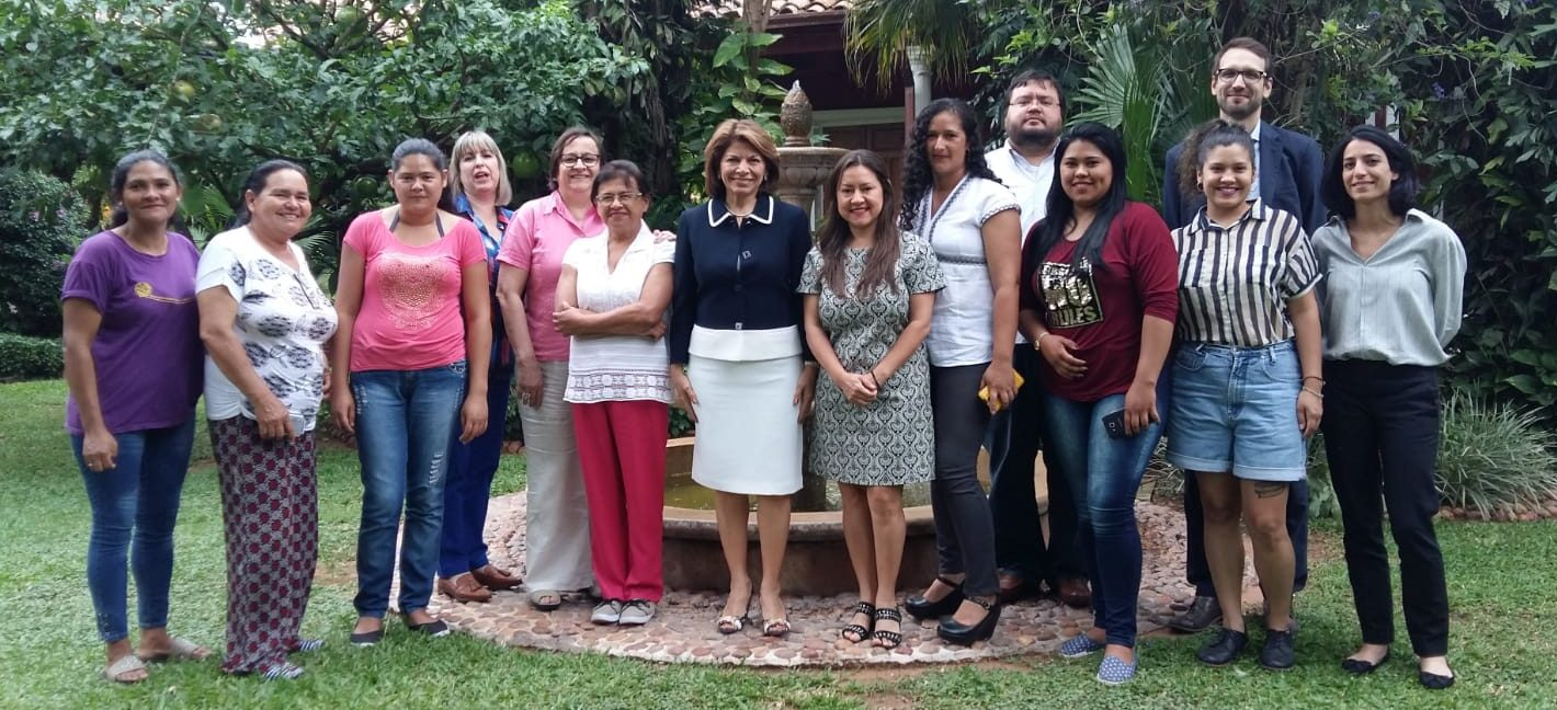 Laura Chinchilla gives impulse to fight against violence towards women in Paraguay